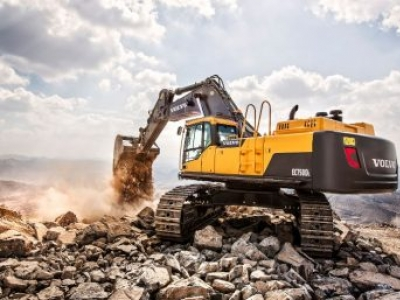 Volvo Construction Equipment lança no Brasil a EC750DL, sua nova escavadeira de grande porte