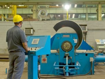Usiminas Mecânica recebe currículos para diversas áreas profissionais