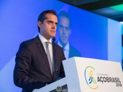 Mercosul deve trabalhar em conjunto para equilibrar a questão da produção mundial do aço