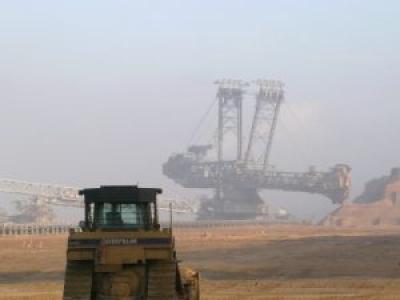 NSK expande rolamentos com vedação removível resistente à contaminação aos segmentos de Mineração, C