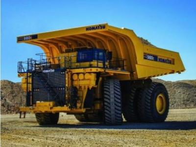 Maior caminhão autônomo da Komatsu está em operação no Canadá