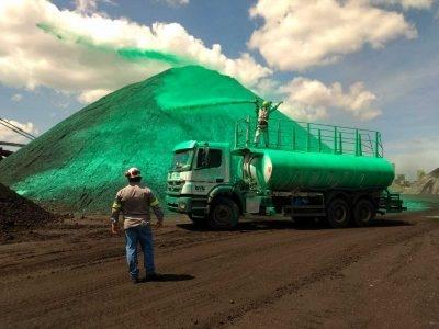 Produto inovador impede arraste de carvão pelo vento em siderúrgica